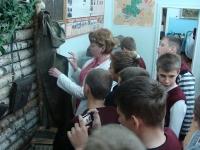 reg-school.ru/tula/yasnogorsk/revyakino/sobytiya/20141015_museum_7_02.jpg
