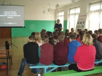 reg-school.ru/tula/yasnogorsk/revyakino/sobytiya/20150415_Urok_istorii_Berlin_3.jpg