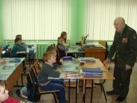 reg-school.ru/tula/yasnogorsk/revyakino/sobytiya/20150429vstrechasveteranomimage007.jpg