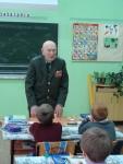 reg-school.ru/tula/yasnogorsk/revyakino/sobytiya/20150429vstrechasveteranomimage005.jpg