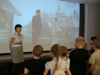 reg-school.ru/tula/yasnogorsk/revyakino/sobytiya/20150622museyorushimage005.jpg