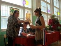 reg-school.ru/tula/yasnogorsk/revyakino/sobytiya/20150703Vypuskimage0026.jpg