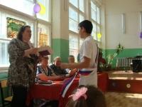 reg-school.ru/tula/yasnogorsk/revyakino/sobytiya/20150703Vypuskimage0052.jpg