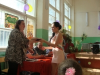 reg-school.ru/tula/yasnogorsk/revyakino/sobytiya/20150703Vypuskimage0050.jpg