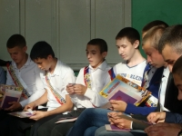 reg-school.ru/tula/yasnogorsk/revyakino/sobytiya/20150703Vypuskimage0082.jpg