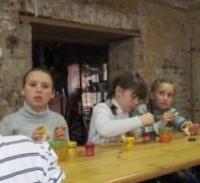 reg-school.ru/tula/yasnogorsk/ivankovskaya/news/muzej-filimonovskoj-igrushki-20131223-image019.jpg