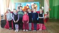reg-school.ru/tula/yasnogorsk/ivankovskaya/news/20150416_Kukolniy_teatr_6.jpg