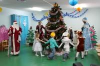 reg-school.ru/tula/yasnogorsk/santalovskaya/novosti/novogodnij-utrennik-2013-20140109-image005.jpg
