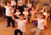 reg-school.ru/tula/yasnogorsk/santalovskaya/novosti/20140123_Prazd_sport_pesni_3.jpg