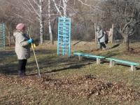 reg-school.ru/tula/volovo/suhoplotavskaya/news/subbotnik-20140414-04.JPG