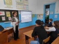 reg-school.ru/tula/volovo/nepryadva/News2015/20150322imeypravoDSCN4298.JPG
