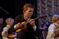 _MG_0125 Играет Рустем Мухаметзянов - учащийся Новомосковского колледжа искусств им. Глинки