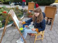 4Традиционно ведет пленер художник М.Левшин