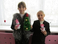 reg-school.ru/tula/bogoroditsk/mounosh/news/20141208_podelki_01.jpg