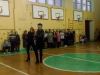 Учащиеся 11 класса, Выскребенцев Егор и Петренко Агнесса, танцуют зажигательный танец
