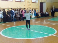 Бузовкина Лейла исполняет песню Осень
